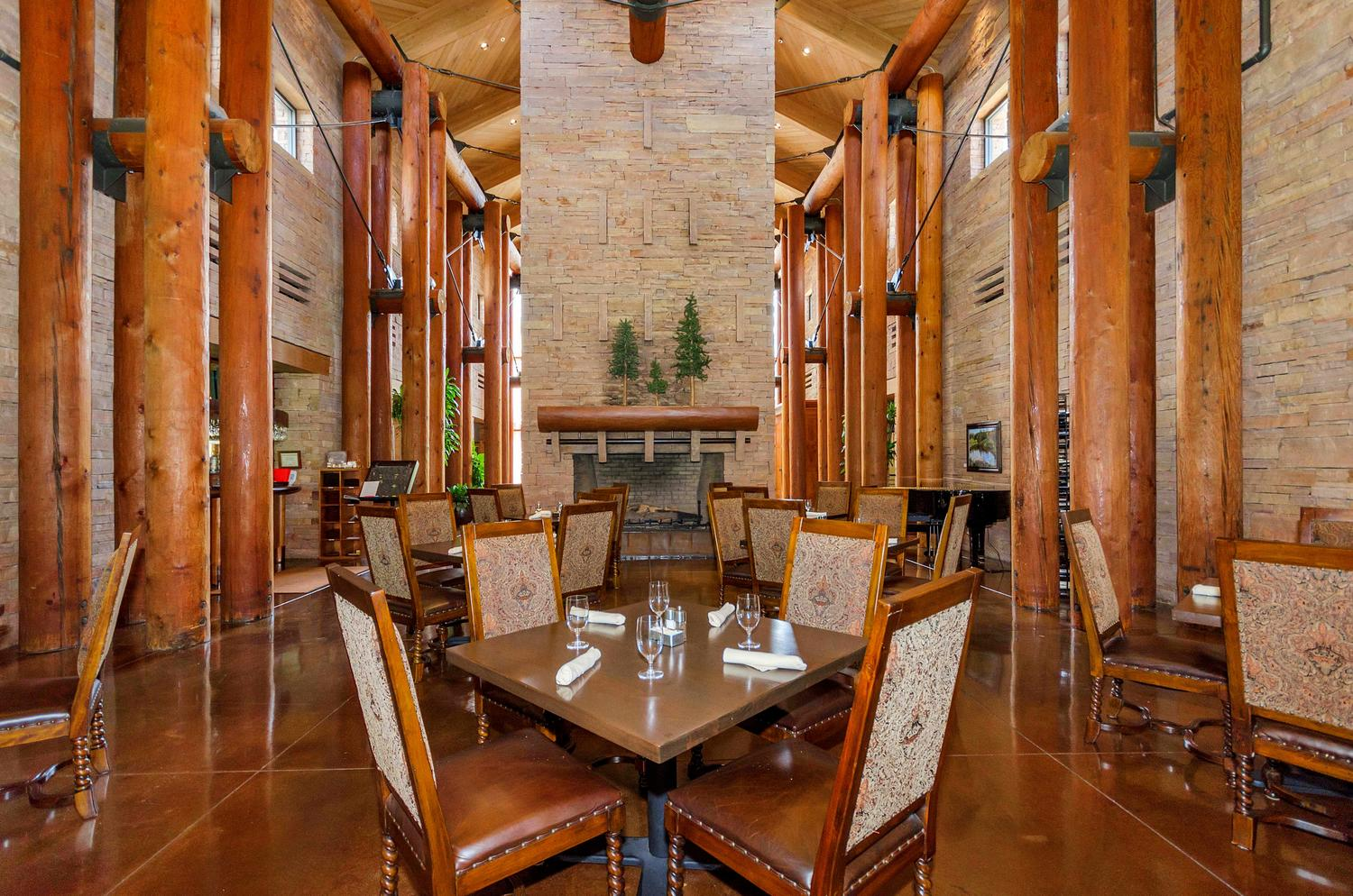 Clubhouse Chaparral Pines